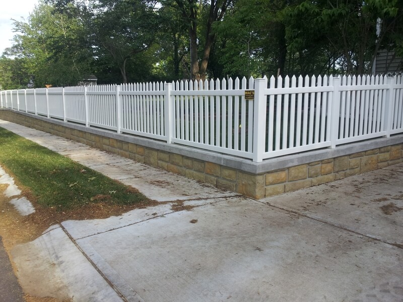 4ft-Space-Picket-pvc