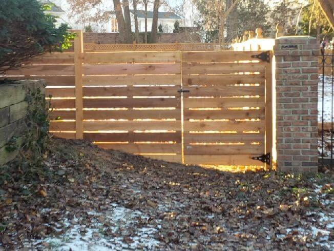 6ft-Horizontal-Fence-with-gate