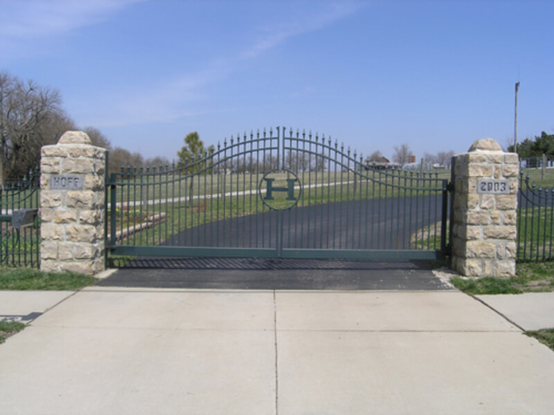 Arched-top-gate
