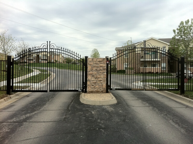 Double Entry Gates Mac S Fence