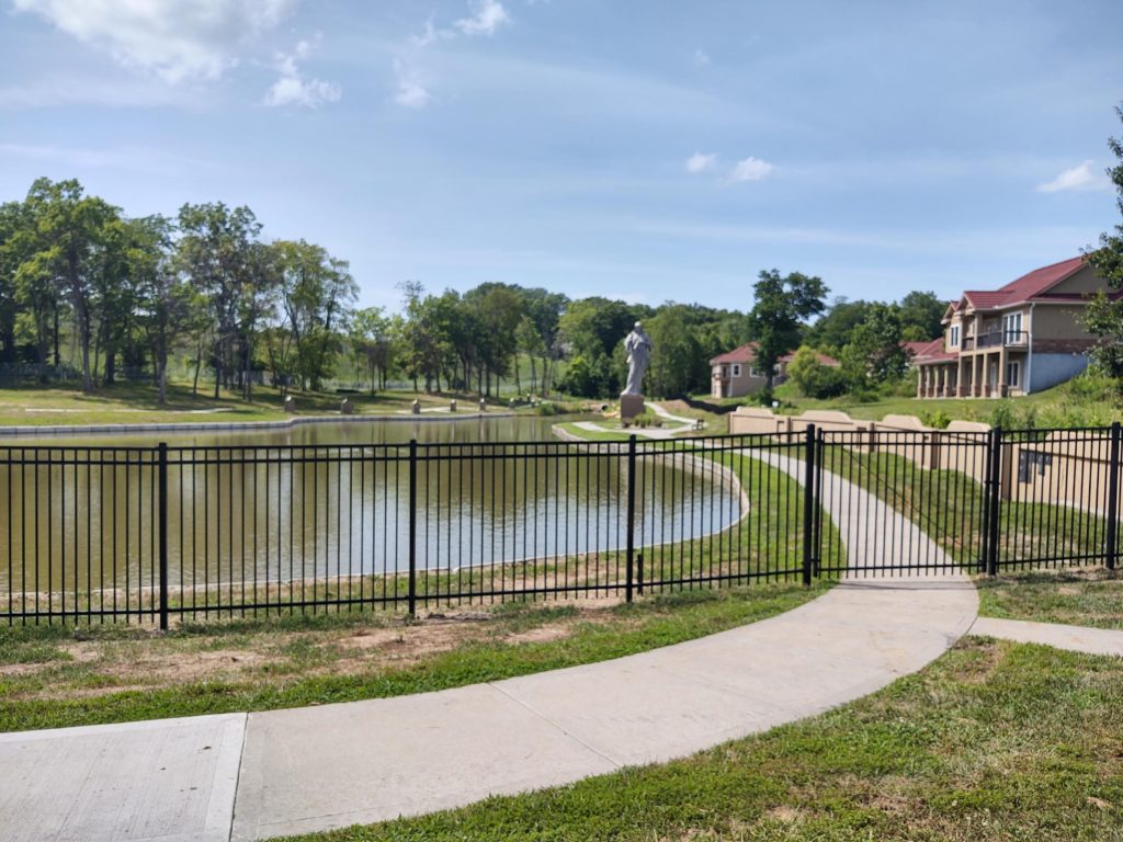 Divine Mercy Park (2)